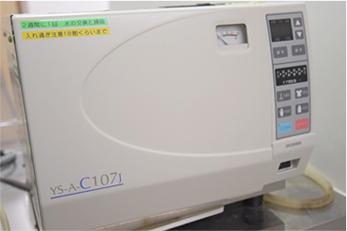 オートクレーブ(全自動高圧蒸気滅菌器)